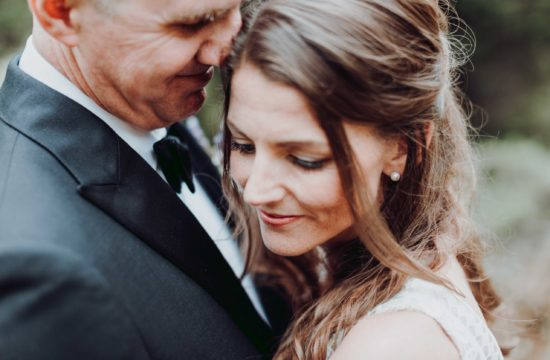 couple-wedding in south of france-provence-photographer
